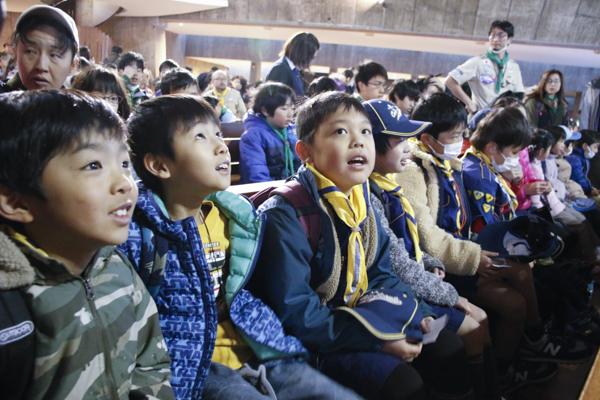 カブ隊の目白の東京カテドラル関口教会で合同BP祭